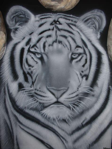 tigre blanc stiankr oner