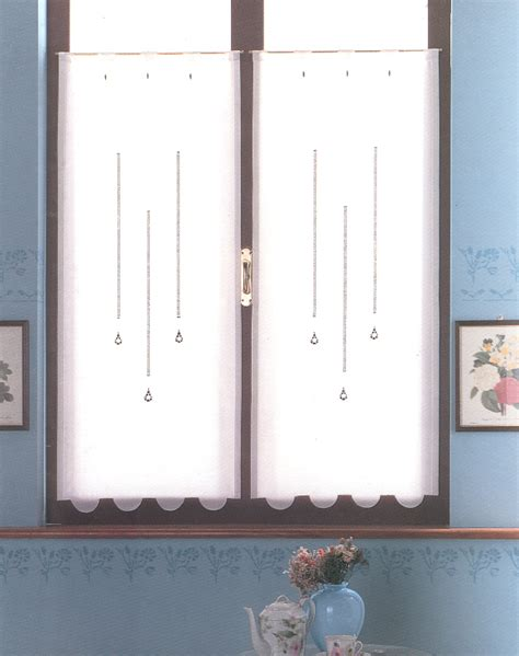 modelli di tende a vetro idiversi modelli delle tendine a vetro si distinguono per le