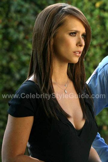 jennifer love hewitt hair ghost whisperer ghost whisperer wearing prada dress ghost whisperer on