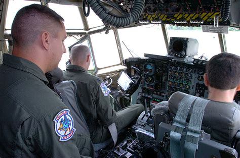becoming a c 130 hercules flight engineer or loadmaster in
