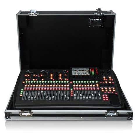 Mixer Lighting Behringer behringer x32 tp digital mixing console with flight