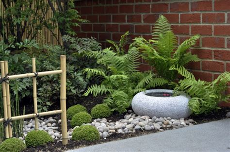 Small Japanese Garden Design Ideas Japanese Garden Designs For Small Spaces Onyoustore