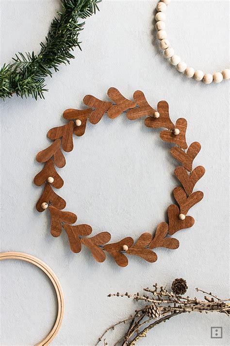 Weihnachtskranz Selber Machen 5636 weihnachtskranz selber machen modernen adventskranz