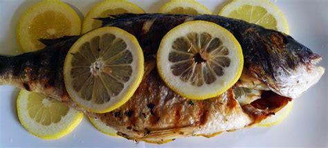 cucinare pesce al barbecue orata alla griglia cottura al barbecue passionebbq it