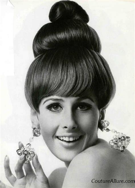womens pubic hair 1960s 50 best images about 60s era makeup hair looks on