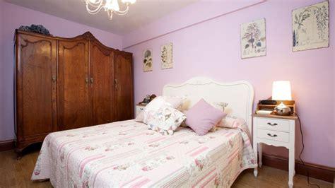 decorar dormitorio estilo romantico dormitorio entra 241 able y rom 225 ntico decogarden