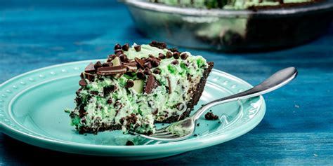 best chocolate pie recipe best mint chocolate chip pie recipe how to make mint