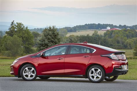 2019 Chevy Volt by 2019 Chevy Volt Pictures Photos Images Gallery Gm