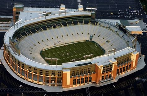 boat crash green bay wi packers lambeau field atrium eyed for facelift pro