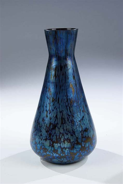 Rubin Vase by 199 Best Images About Loetz On Auction Glass