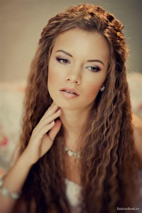 Crimped Hairstyles by Boho Crimped Boho Big Hair Styles