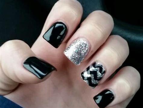 imagenes de uñas en blanco y plata lindisima blog u 241 as decoradas en negro