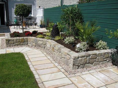new england backyards outdoor new england patio designs victorian home pinterest