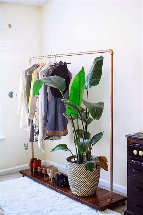 Diy Wardrobe Rack by Best 25 Pipe Clothes Rack Ideas On Diy