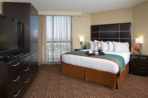 rooms by the hour los angeles embassy suites hotel los angeles international airport
