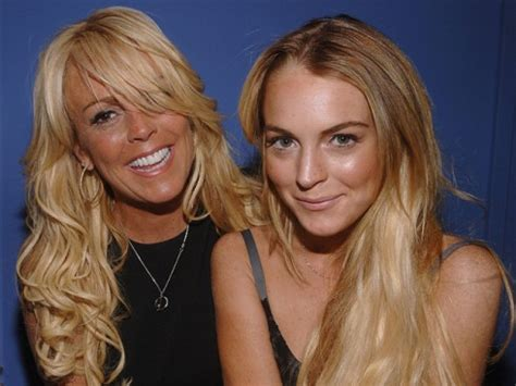 Dina Lohan Child Exploiter And Other Stuff by Lindsay Lohan Had Physical Fight With Dina Last