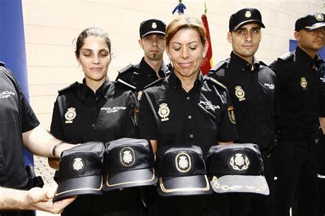 uniforme nuevo de la policia de la provincia de buenos aires la polic 237 a nacional recurre al estilo casual para