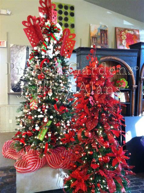 jeffrey alan christmas trees decomesh tree skirts prairie gardens chaign illinois www prairiegardens decomesh
