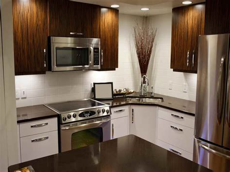 Low Budget Kitchen Decorating Ideas by Small Kitchen Makeovers On A Budget Design Ideas Pbandu