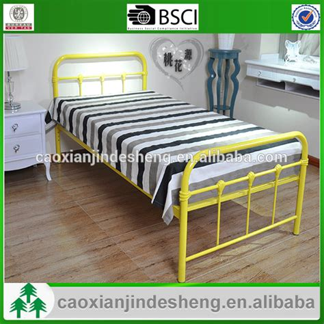 Western Style Bed Frames Furniture Manufacturers Wholesale Western Style Metal Bed Frame Single Metal Sofa Bed Frame