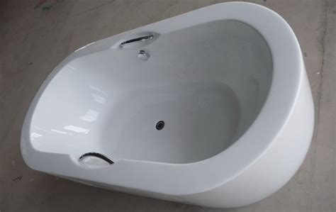 extra large bathtubs large tub big bath extra large freestanding bathtubs