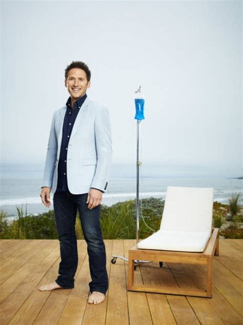 divia from royal pains 17 best images about barefoot in varying