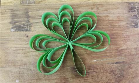 Paper Craft Supplies Ireland - easy shamrock paper craft kidspot