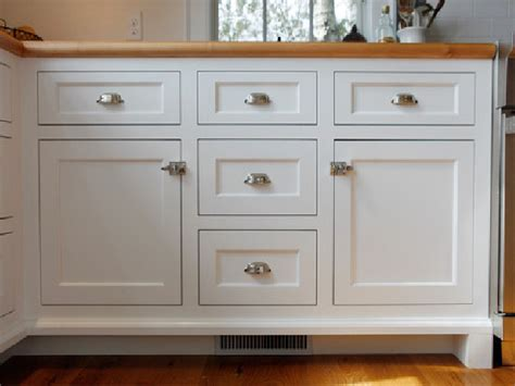 Captivating Shaker Kitchen Cabinet Doors With Shaker Shaker Door Kitchen Cabinets