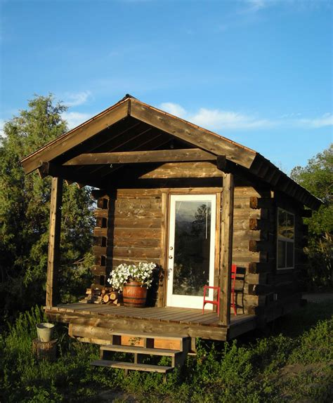 Tiny Cabin by Jalopy Cabins