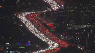thanksgiving los angeles this los angeles thanksgiving traffic jam is the most epic