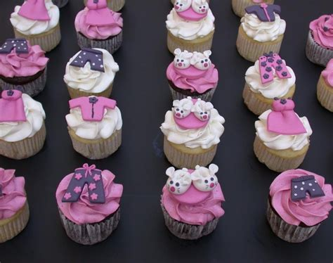 Piyama Cup Cake Sleepy Giraffe 1000 images about pyjama cakes on