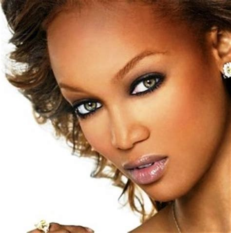 best colored contacts for brown eyes: hazel, blue, green
