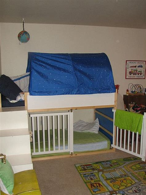 Crib Loft Bed by 25 Best Ideas About Bunk Bed Crib On Small