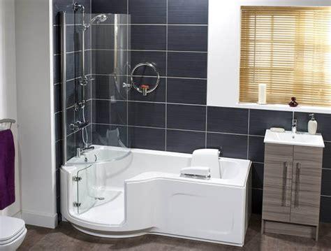 Walk In Bathtub Vs Walk In Shower Laura S Corner