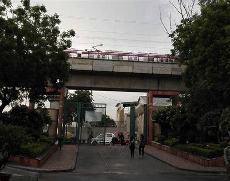 Jamia Millia Islamia Mba Entrance 2016 by Metro In Jamia Trial Runs Begin On Magenta Line