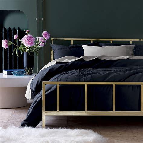 cb2 bedroom textured rug from cb2 decoist