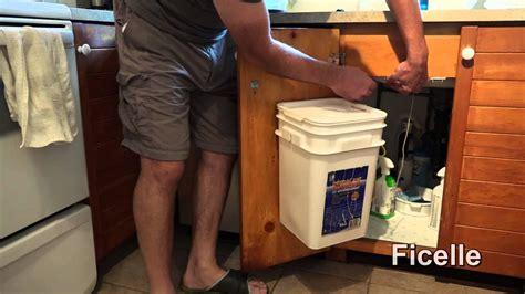 poubelle cuisine bricolage poubelle de cuisine 224 ouverture automatique