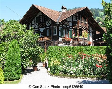 austrian style house plans mountains beauty 伝統的である 木製である スイス人 家 csp6126540のストックフォトグラフィー ストックフォト