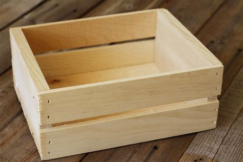 how to crate an make a rustic crate a tutorial