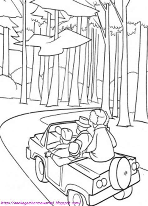 Gambar Mewarnai Mobil di Hutan Untuk Anak PAUD dan TK