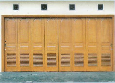 Pintu Jendela Dan Pintu Garasi pilihan model dari pintu garasi kayu kusen pintu jendela