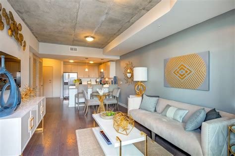 3 bedroom apartments in charlotte at skyhouse uptown skyhouse uptown north rentals charlotte nc apartments com