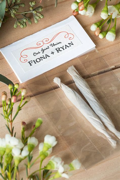 Wedding Gift Guest by Wedding Favor De Lightful Joints And Buds Wedding