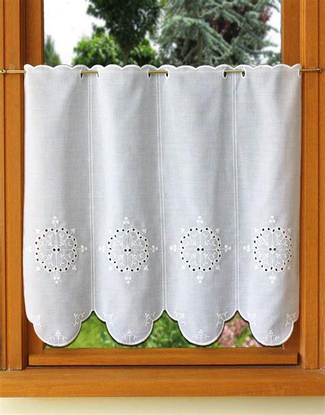 petit rideau de cuisine rideau de cuisine en broderie anglaise