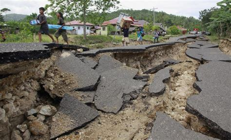 earthquake quake geologists predict devastating earthquakes in thailand