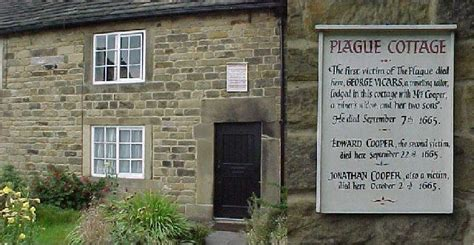 Eyam Plague Cottages by Eyam Derbyshire Plague Cottage Oh The Places I Will Go