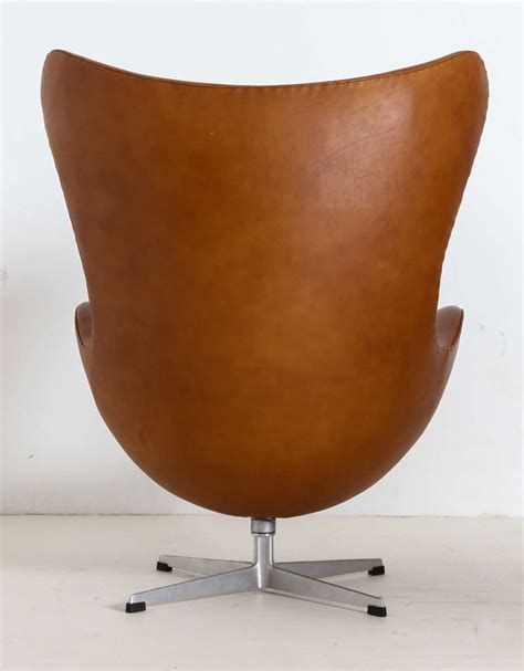 Egg Chair Ottoman Arne Jacobsen Quot Egg Quot Chair With Ottoman At 1stdibs