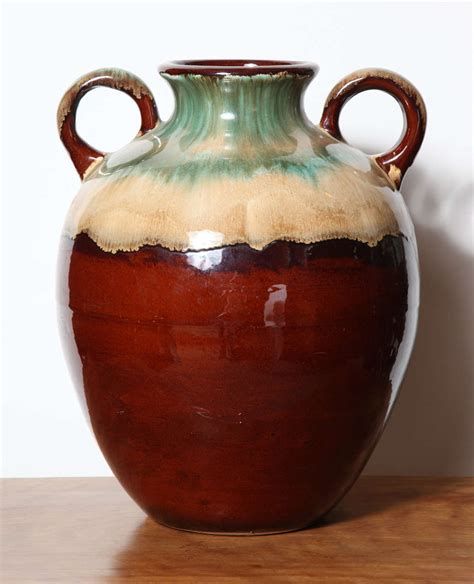 roseville two handle vase image 2