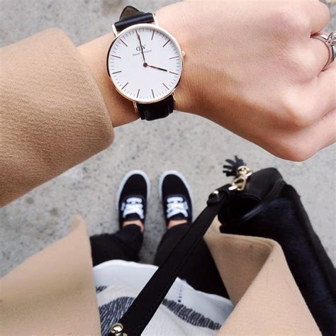 Jam Tangan Dw Classic Black 40mm And 36mm daniel wellington the rue collective fashion travel