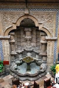 Interior Software file fuente en la casa de los azulejos jpg wikimedia commons